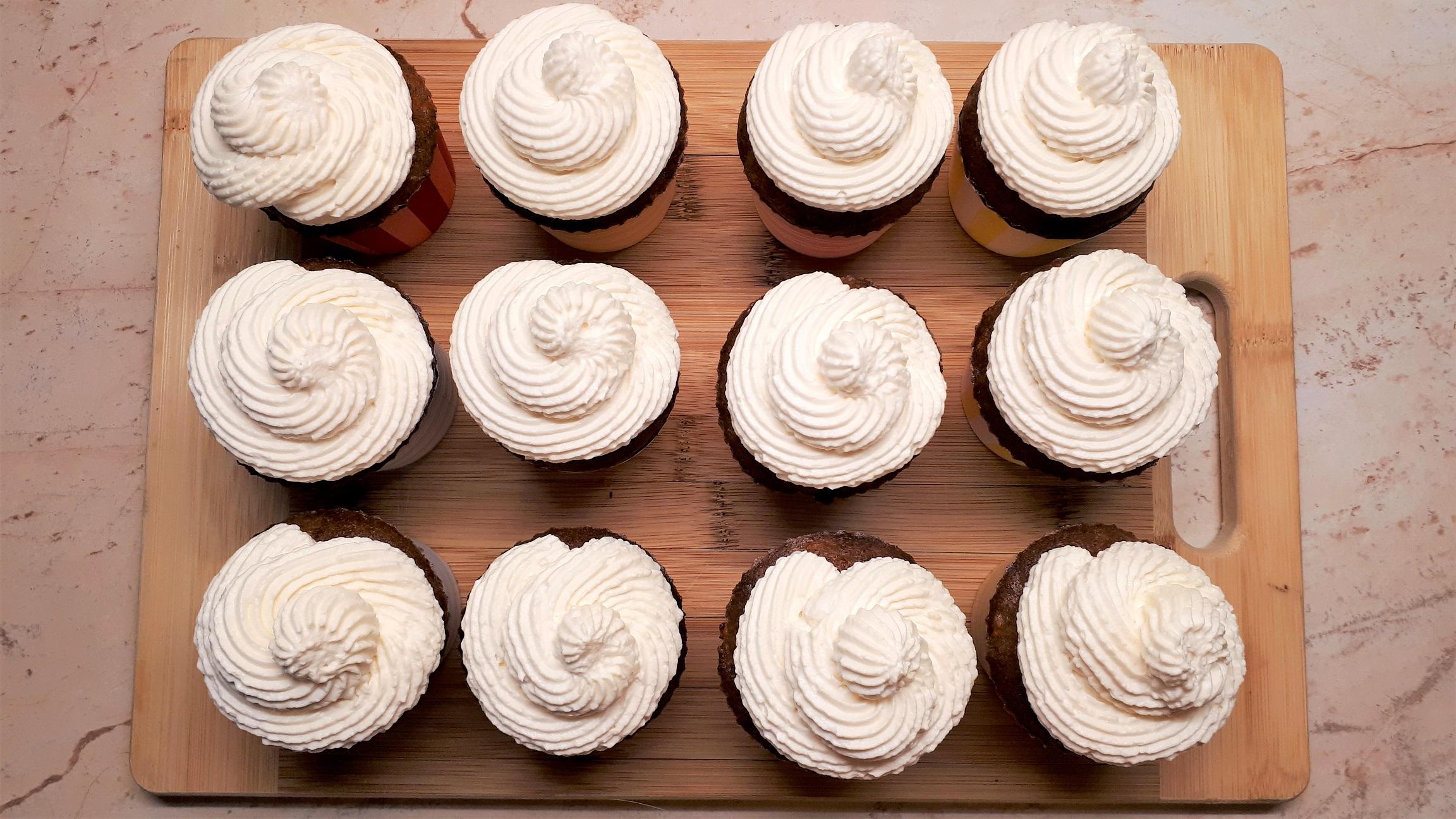 Cukormentes répatorta muffin light mascarpone krémmel Dia Wellness szénhidrátcsökkentett lisztből